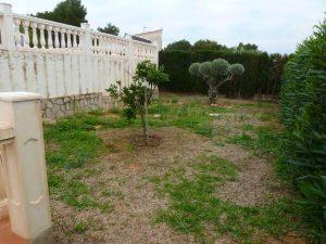jardín antes de la remodelación
